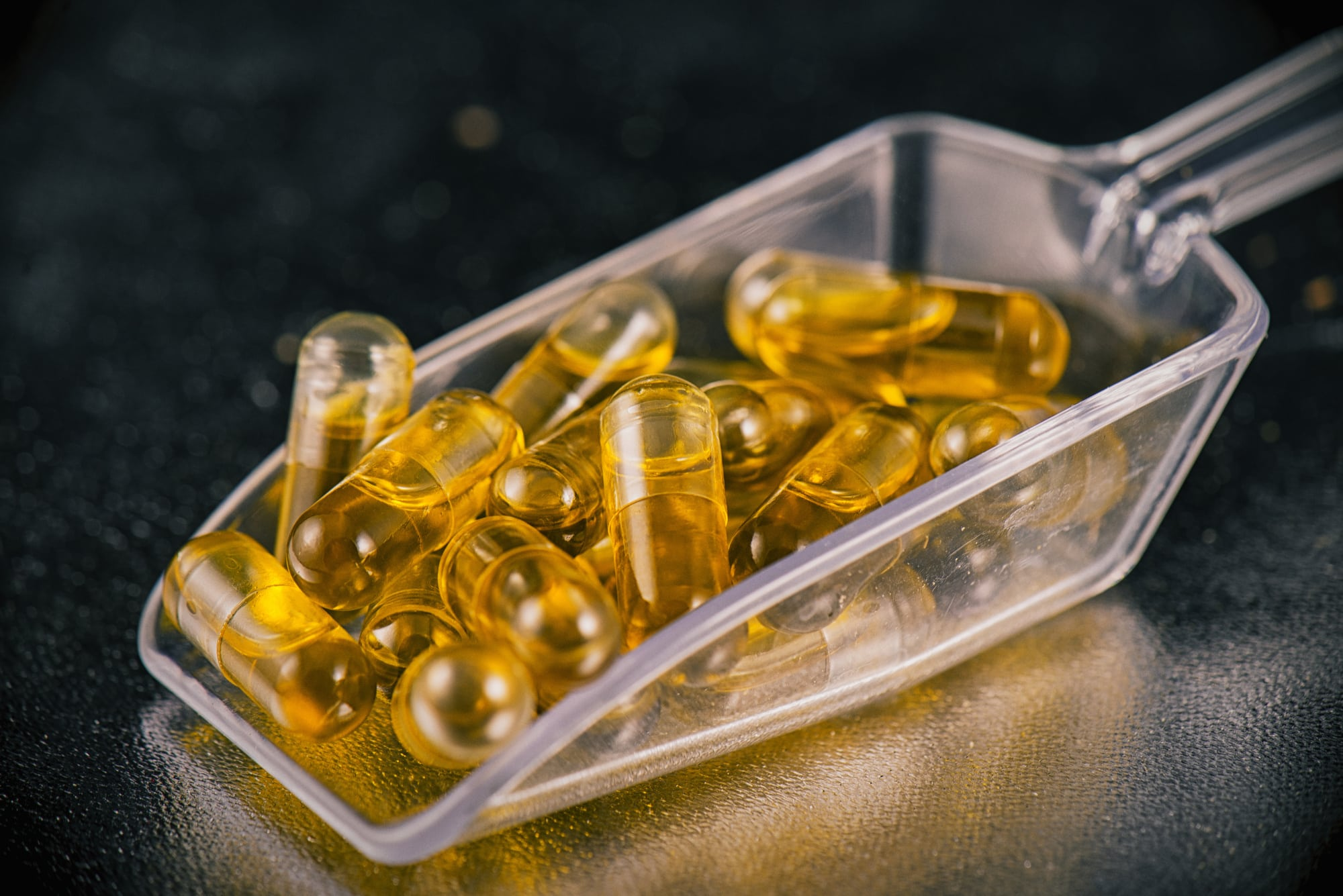5 Differences Between CBD Waxes and CBD Capsules